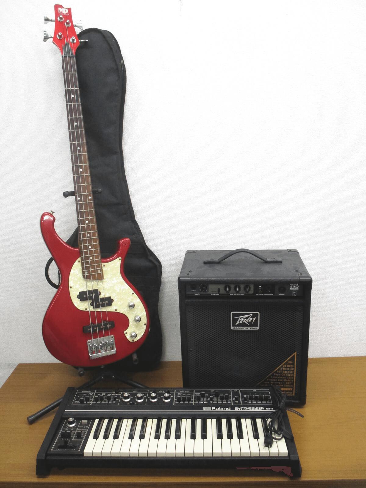 「Metal Driver」ベースと「Roland SH-2」シンセサイザーも高価買取いたしました