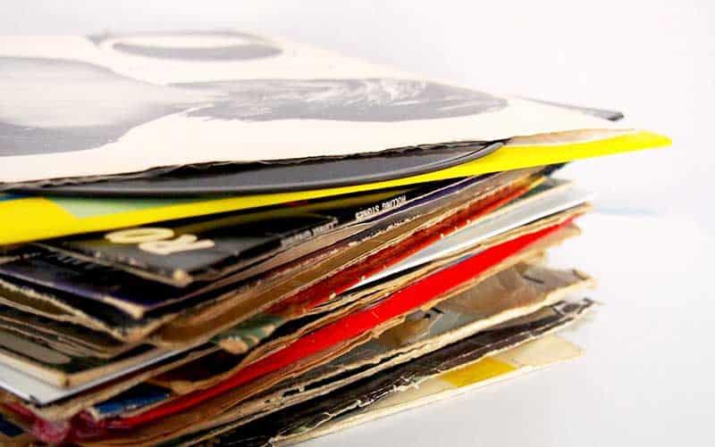 大阪で中古レコードを売るなら、TU-Fieldの買取サービスにお任せください