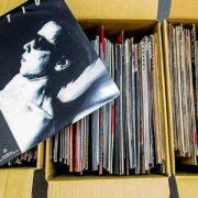 TU-Fieldでは、FRICTIONの「軋轢」など、日本のパンクバンドやレス・バクスターの「The Fruit Of Dreams」のエキゾチカのレコードを高価買取いたしました
