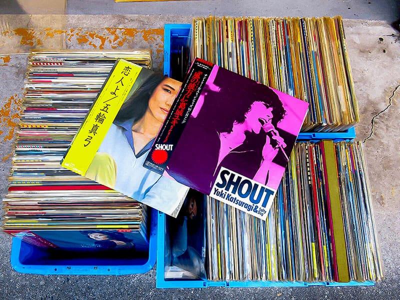 大阪のレコード買取専門店「TU-Field」では、ビートルズ、ポール・マッカートニー、オリビア・ニュートン・ジョンのLPレコードを高価買取いたします