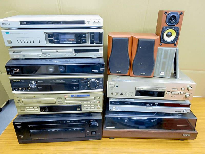 大阪のレコード買取専門店「TU-Field」では、中古レコードプレーヤー/オーディオ機器にも対応いたします