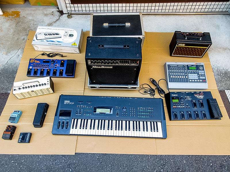 大阪府守口市のお客様から、ハードロック中心のLPレコード、CD、ギターアンプ、シンセサイザー、エフェクター、ペダルボードを多数高価買取いたしました