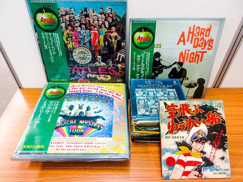 大阪のレコード買取専門店「TU-Field」では、ビートルズやディープ・パープルの帯付き国内盤を高価買い取りしております