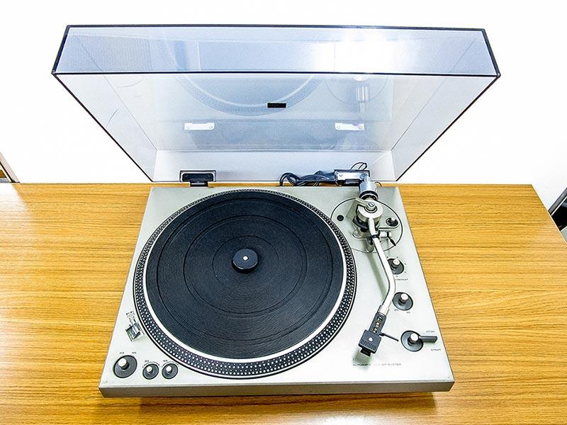 大阪のレコード買取専門店「TU-Field」では、テクニクス「SL-1300」などのレコード・プレーヤーを高価買取いたします