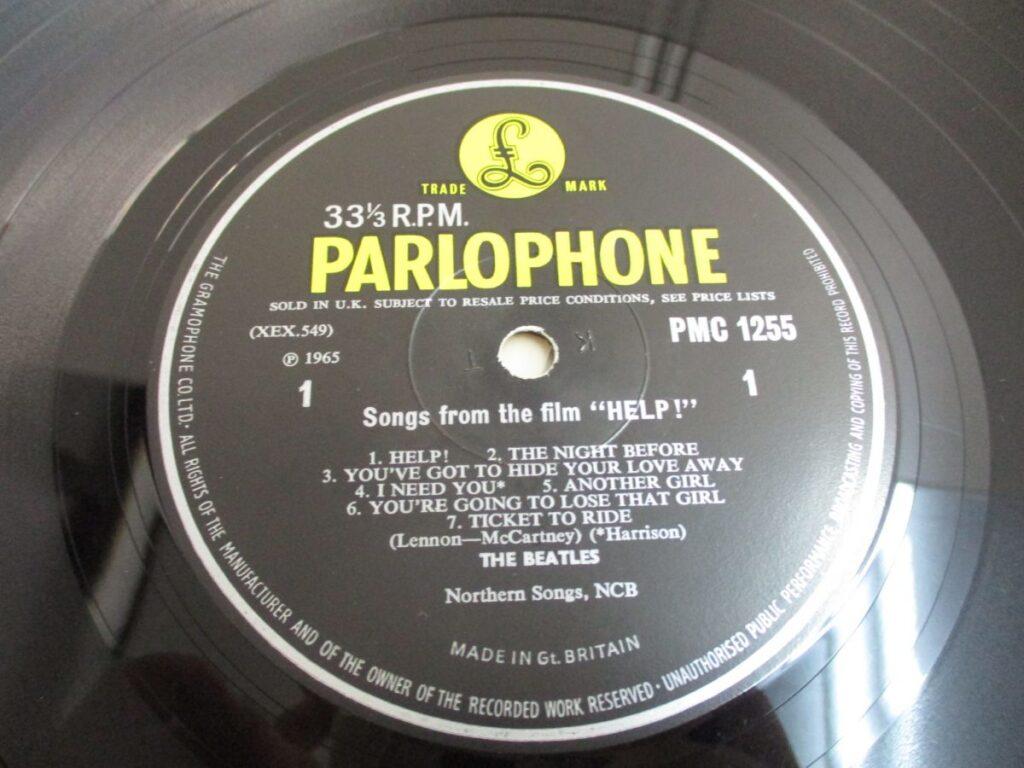 ビートルズ「ヘルプ}UK盤のレーベル面